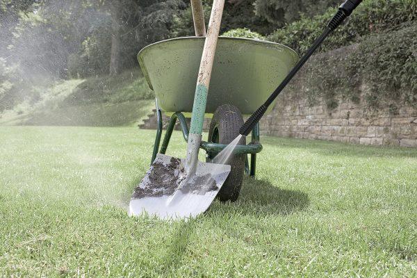 karcher pressure washer on shovel